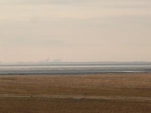 07.04.13 Jade Weser Port