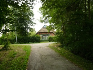07.08.13 Reetdachhaus