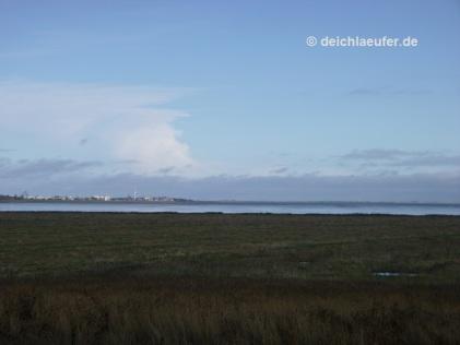 Hinten links Wilhelmshaven