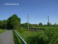entlang der Bahnstrecke OL - HB