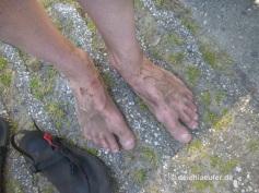 Pies Sucios = Schmutzige Füße