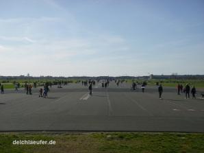 Gewimmel auf dem Tempelhofer Feld